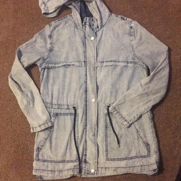 Forever 21 Jackets & Blazers - Acid Washed Denim Jacket